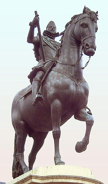 Felipe III Horse Statue cemetery of sparrows