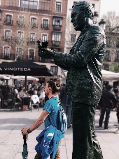 Lorca Statue in Plaza de Santa Ana