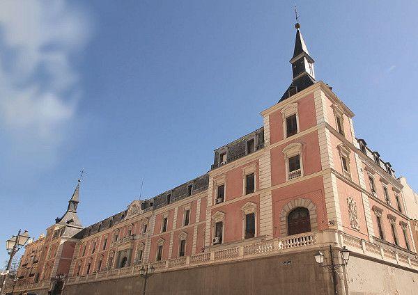 salon de reinos madrid