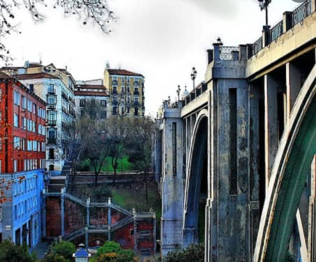 Fuente de los caños - viaduct of Segovia