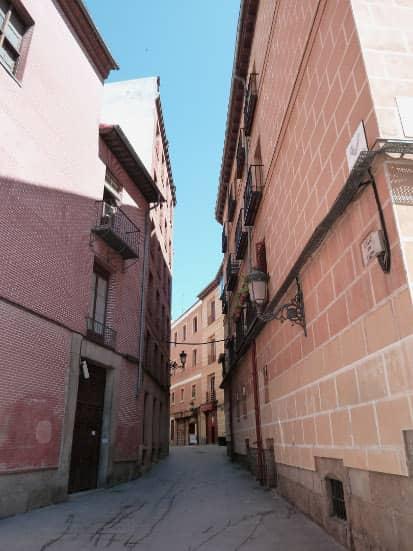Anecdotes of Quevedo Elbow Street
